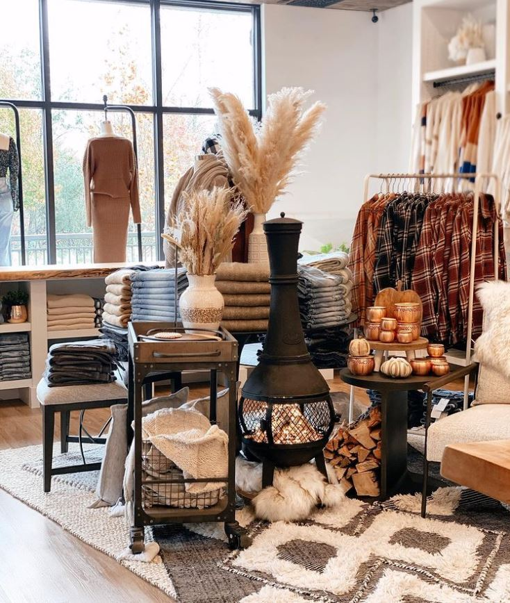 Marlowe Boutique - Bothell and Northshore womans fashion