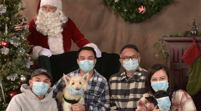 Santa Photos in Northshore - Bothell, Mill Creek, Woodinville and Kenmore